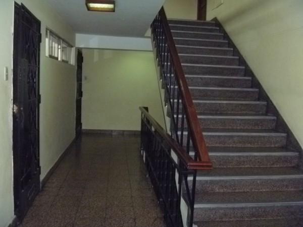 El uso y disfrute de la escalera es uno de los 15 derechos de los propietarios en la Ley de Propiedad Horizontal