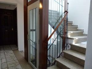 La instalaci n de ascensor en una comunidad de propietarios for Huecos de escalera